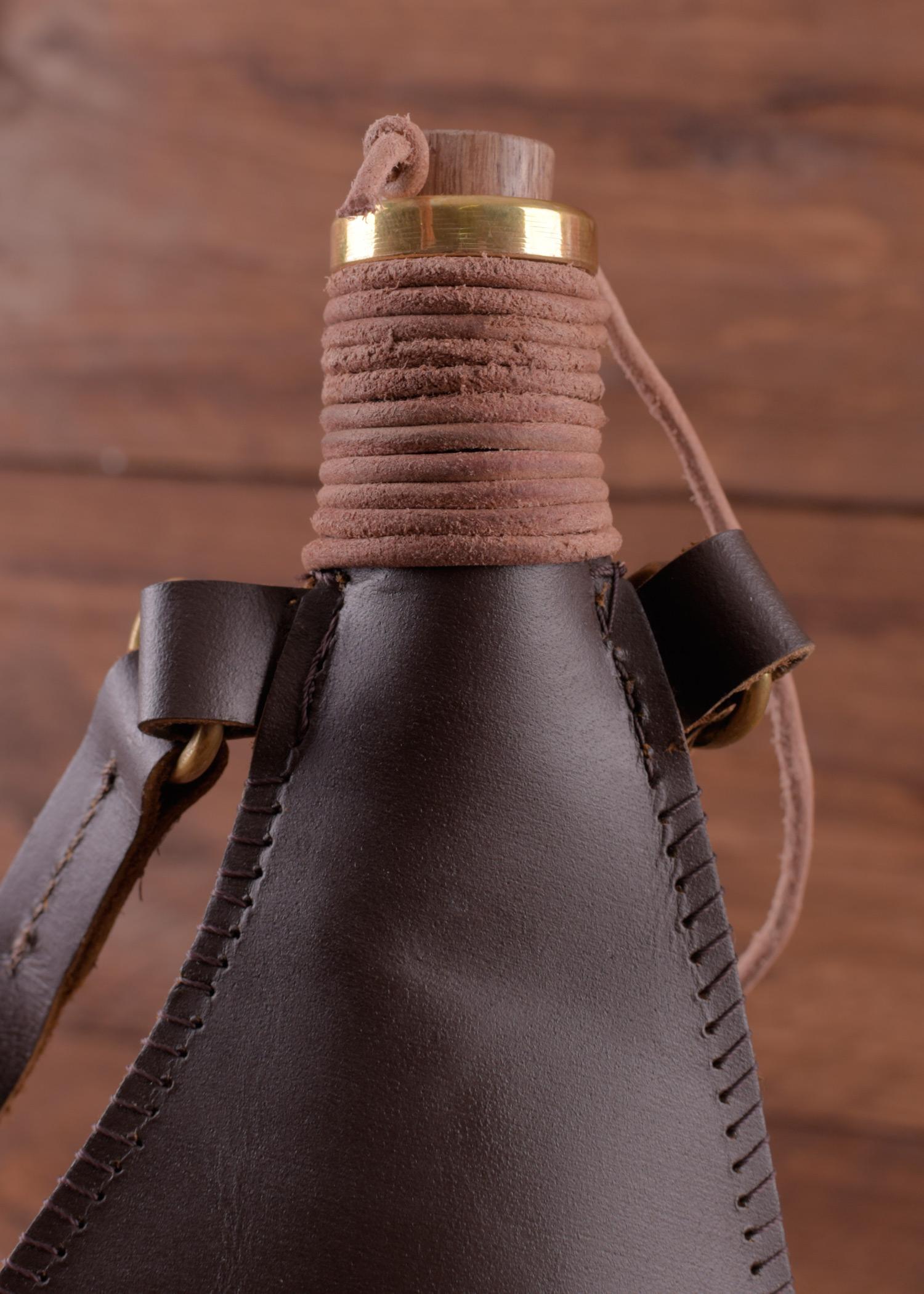 trinkschlauch aus leder 0 5l wasser flasche transport beutel ebay. Black Bedroom Furniture Sets. Home Design Ideas