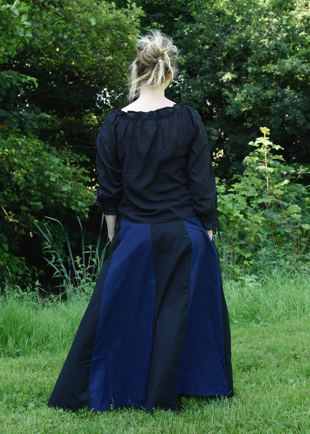 Medieval Ladies skirt, black/blue - Battle-Merchant.com - We supply ...