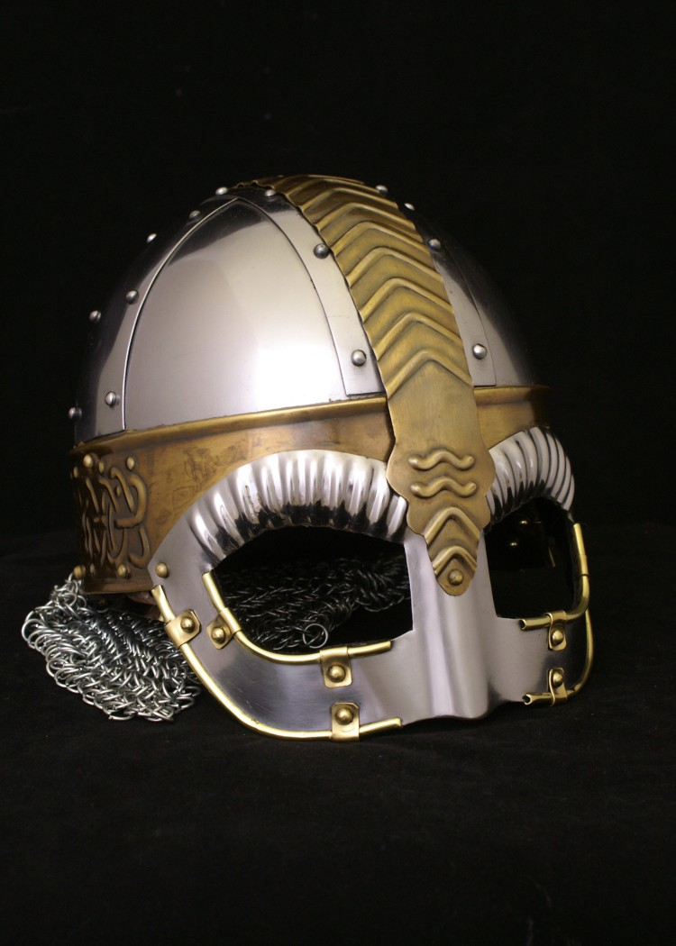 boar helmets in beowulf Boars charge without fear and don't give up until their target is killed or they get killed much like beowulf in the battle with grendel's mother this helmet was worn by beowulf and had resisted every sword in belief that the boar-shapes brought protection to whom ever wore the helmet.